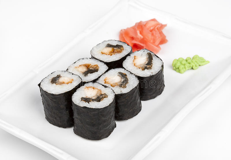 与螃蟹和鳗鱼的寿司卷 免版税库存照片