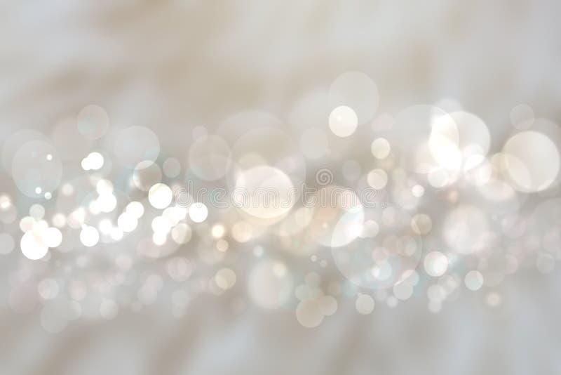 与被弄脏的白色bokeh ligh的抽象银色背景纹理 库存例证