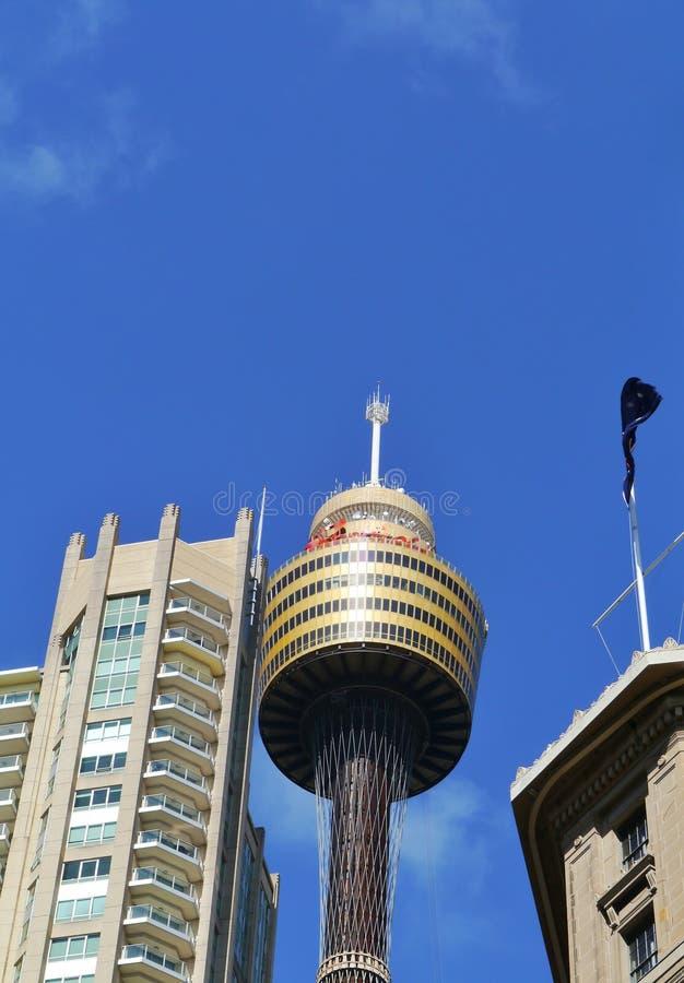 与观察台的塔 免版税库存照片