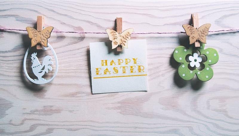 与词复活节快乐的复活节卡片 库存图片