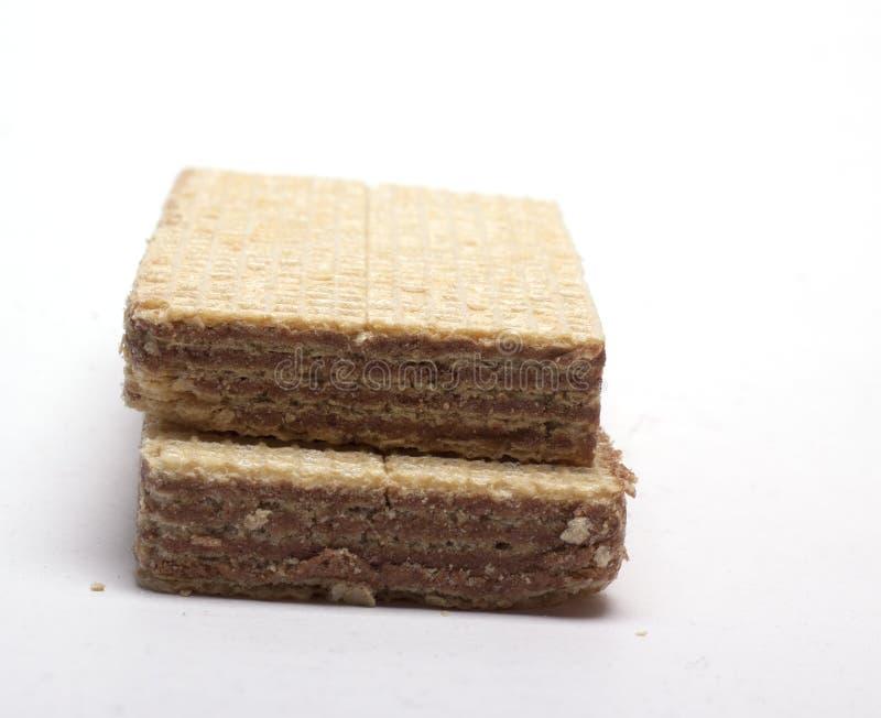 与轻和黑暗的装填的奶蛋烘饼在白色背景 免版税库存照片