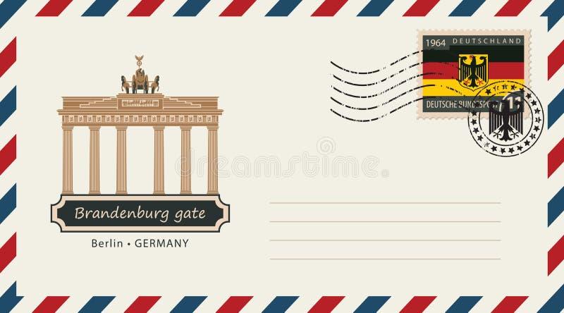 与邮票的一个信封与勃兰登堡门 库存例证