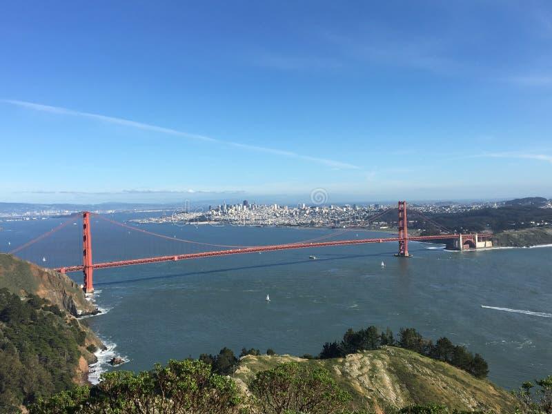 与金门大桥的旧金山观点 库存图片