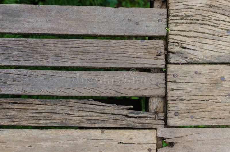 与钉子的老木地板 免版税库存图片