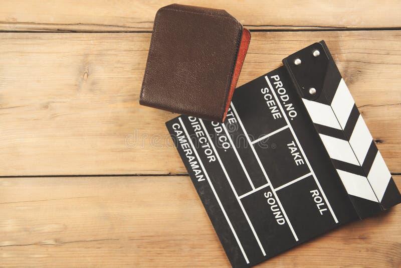 与钱包的电影标志 免版税库存图片