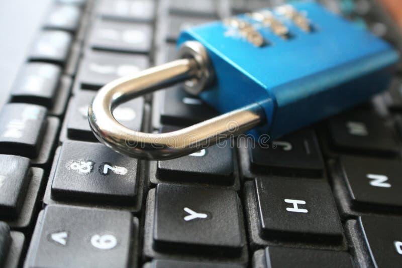 与锁的密码安全在优质的键盘 免版税图库摄影