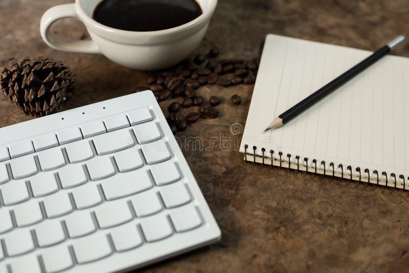 与键盘一起使用 库存图片