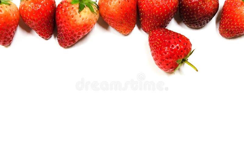 与隔绝的草莓背景 图库摄影