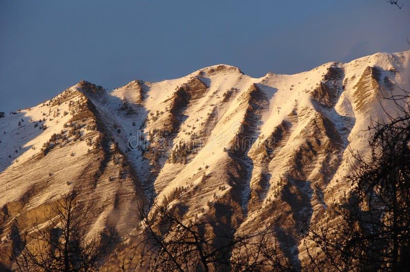 与雪的山 图库摄影