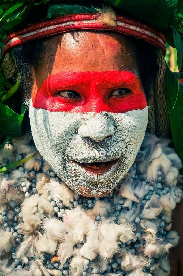 与颜色的面孔在巴布亚新几内亚 库存图片