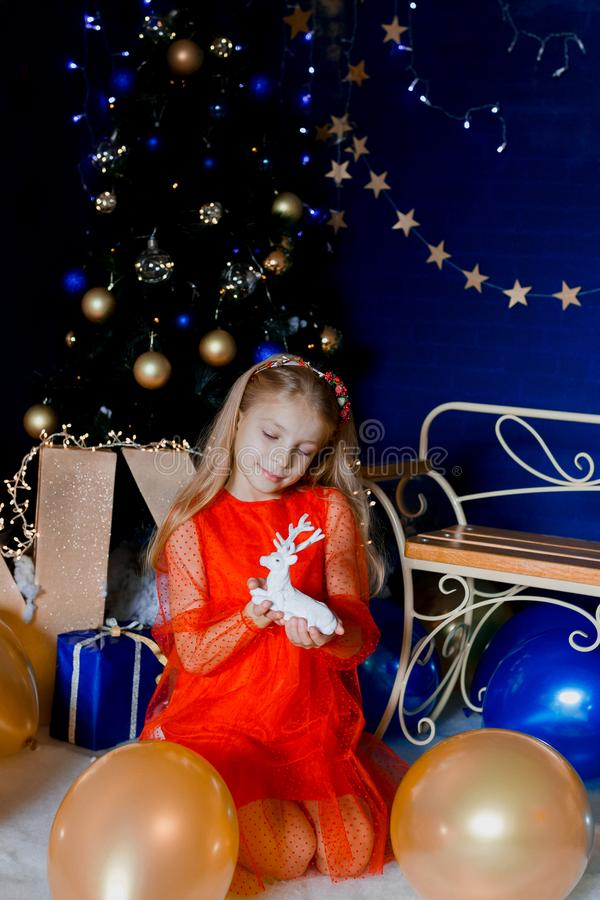 与鹿的圣诞节画象 图库摄影