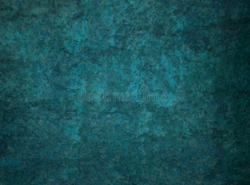 与黑困厄的难看的东西岩石或石纹理的深蓝绿色背景 免版税图库摄影