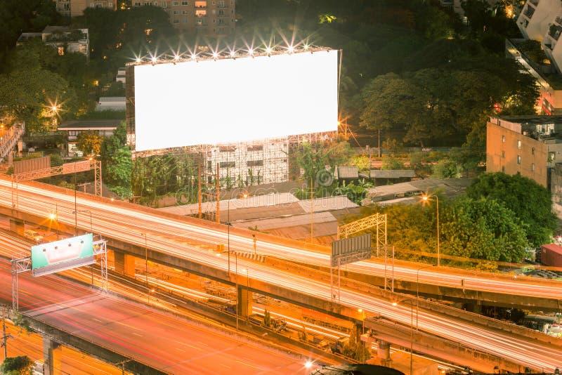 与轻的尾巴的空的广告 免版税图库摄影