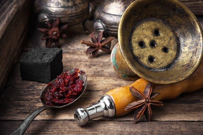 与茴香味道的Shisha水烟筒 库存照片