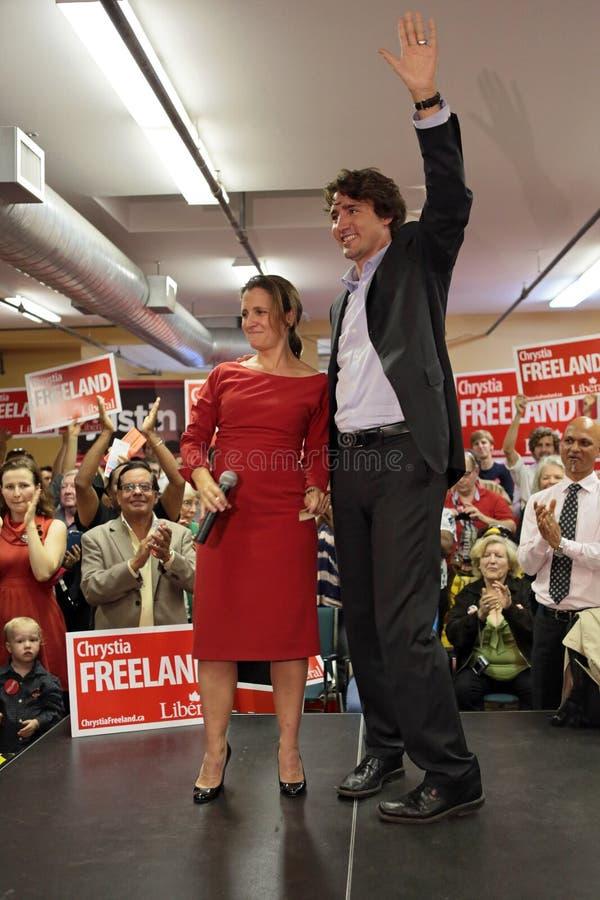 与Chrystia Freeland的自由党领导人贾斯汀・杜鲁多 库存照片
