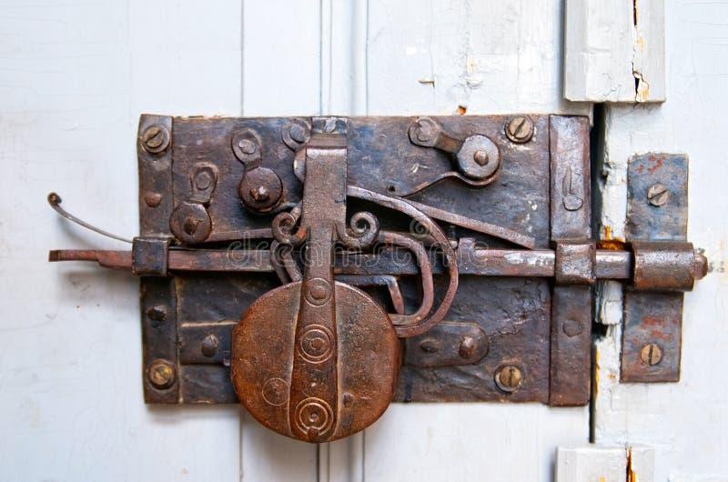 与deadbolt的门 免版税库存照片