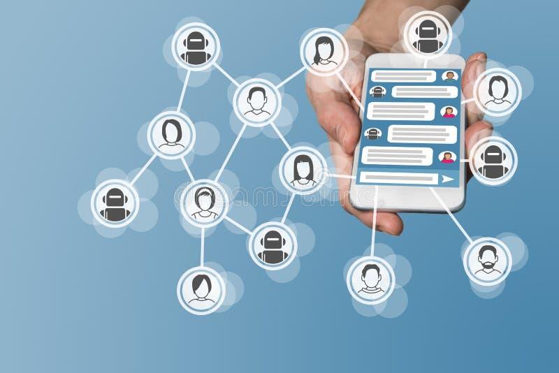 与Instant梅森格的Chatbot概念在巧妙的电话显示了 免版税库存照片