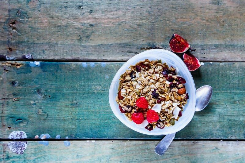 与muesli的早餐 免版税库存照片