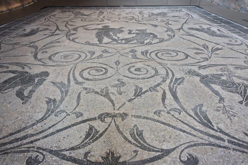 与Nerone别墅的赫拉克勒斯和Acheloo的马赛克在安济奥 免版税库存照片