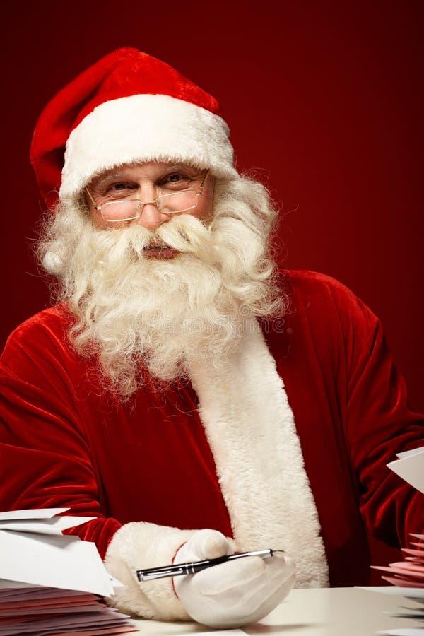 与xmas信件的圣诞老人 免版税图库摄影