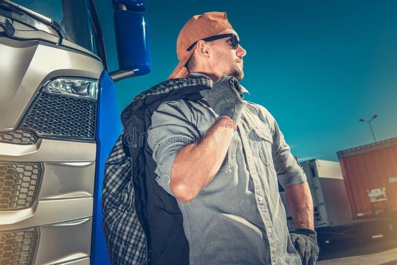 专业卡车司机 免版税库存照片
