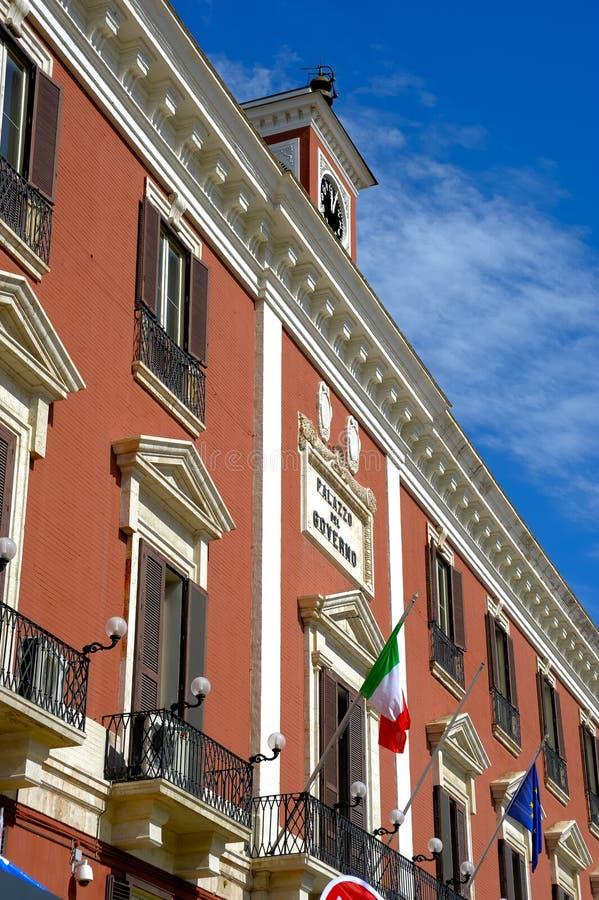 专区的宫殿在巴里大广场  库存照片