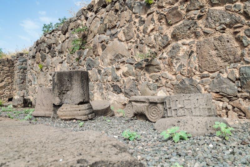 专栏遗骸在古老犹太市的废墟的罗马Empi的军队戈兰高地的Gamla毁坏的  库存图片