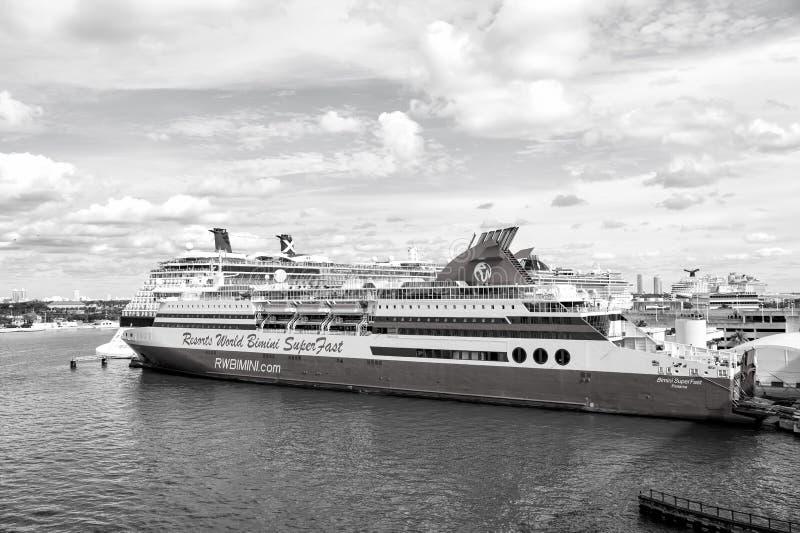 世界在迈阿密,美国依靠bimini超级快速的巡航 图库摄影