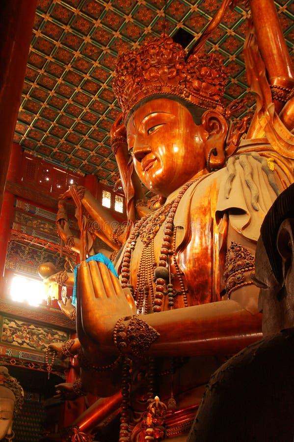 世界的最高的木菩萨雕象 库存照片