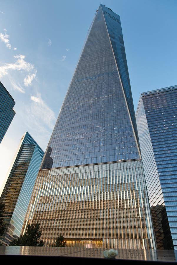世界贸易中心一号大楼外部从爆心投影 免版税库存照片