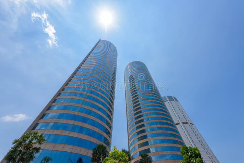 世界贸易中心和锡兰银行大厦是高楼在科伦坡 免版税库存照片