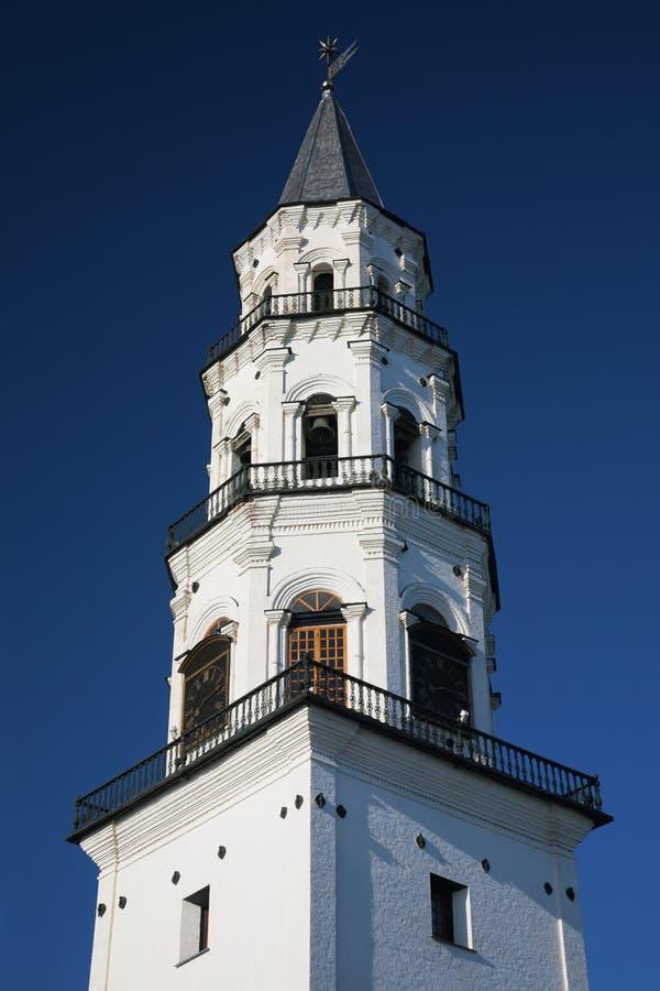 世纪落的nevjansky塔xviii 免版税库存图片