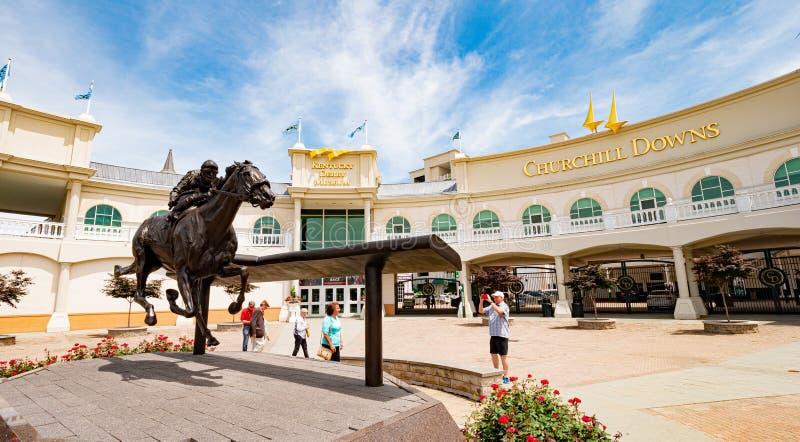 丘吉尔Downs跑马轨道和德比博物馆在路易斯维尔-路易斯维尔 美国- 2019年6月14日 免版税库存照片