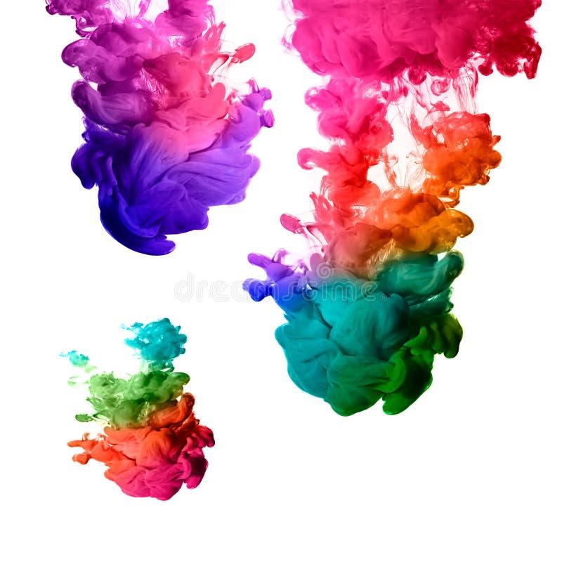 丙烯酸酯的墨水Raoinbow在水中。颜色爆炸 库存图片