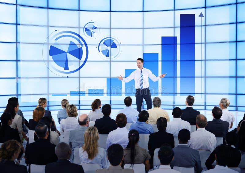 业务会议队信息分析概念 库存照片
