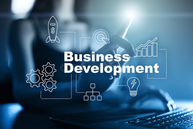 业务发展概念,成长战略在虚屏上的 免版税库存照片