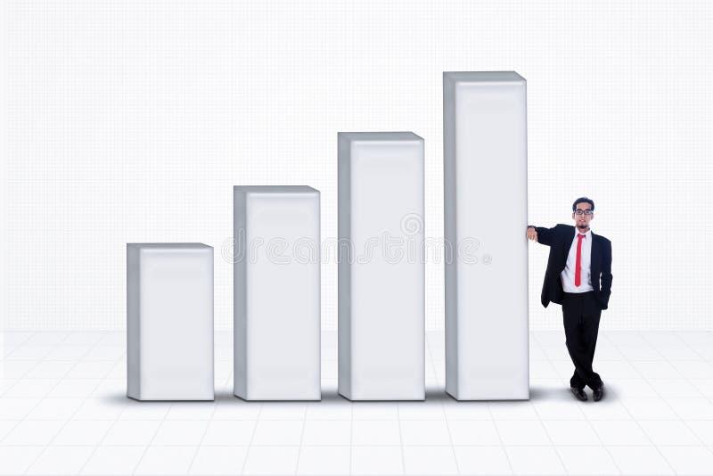 业务经理和长条图在白色 库存例证