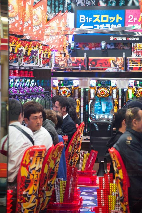 东京日本,弹球盘,槽孔,赌博娱乐场 免版税库存图片