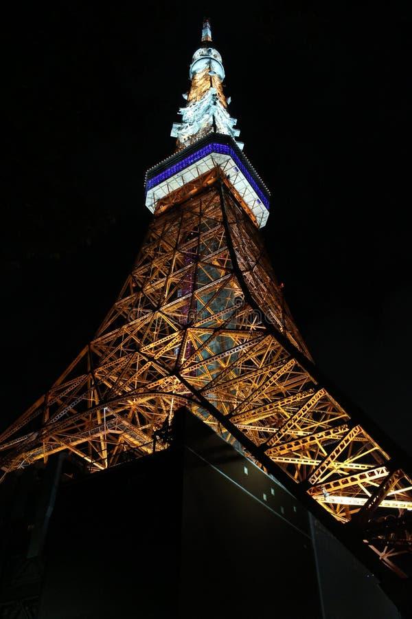 东京铁塔在黑暗的夜 免版税库存图片