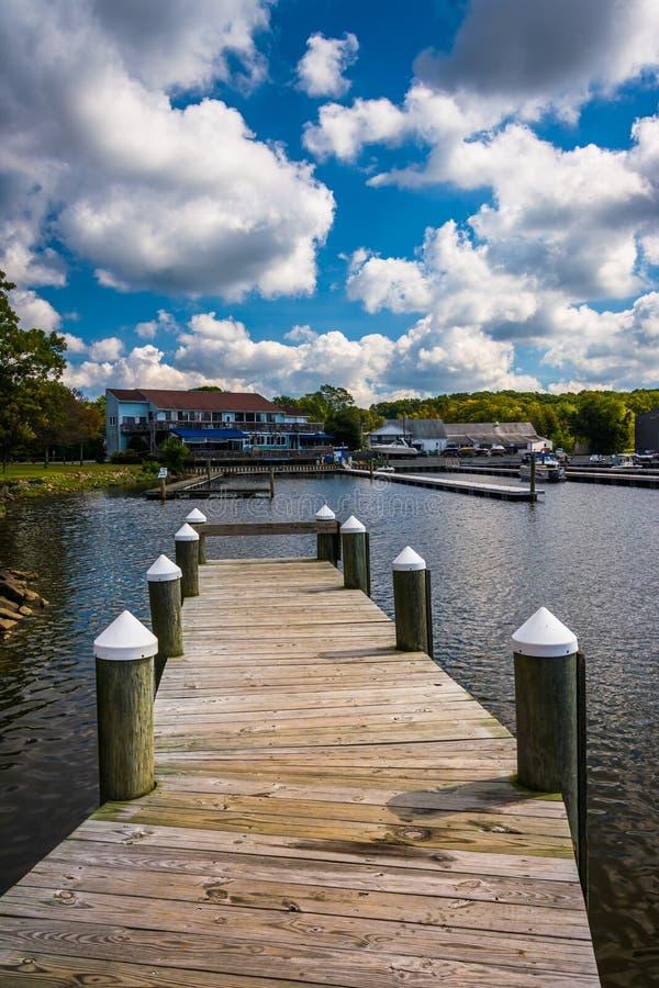 东北镇社区公园的船坞在东北镇,马里兰 免版税库存图片