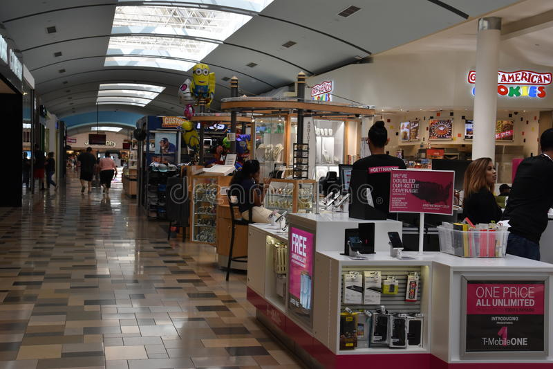 东北镇购物中心在Hurst,得克萨斯 库存图片
