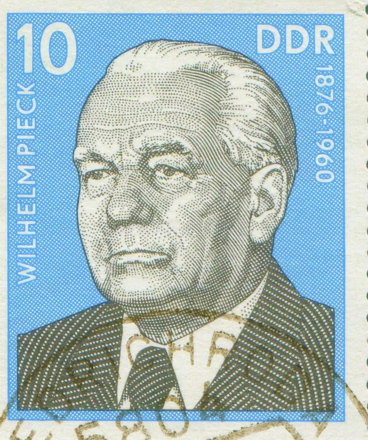 东德-大约1960年:盖印显示第一位德意志民主共和国总统威廉・皮克画象,大约 免版税库存图片