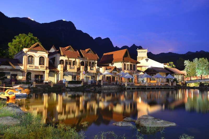 东方村庄在晚上 免版税库存照片
