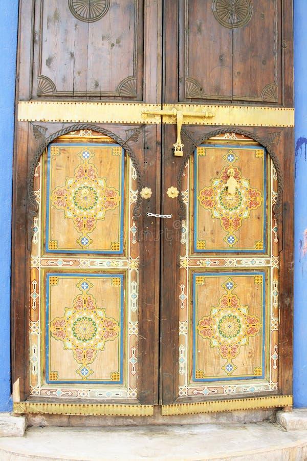 东方阿拉伯华丽被绘的门 图库摄影
