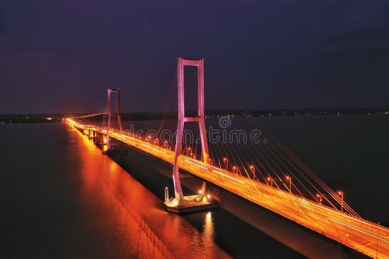 东爪哇象-苏腊马都大桥 免版税库存照片