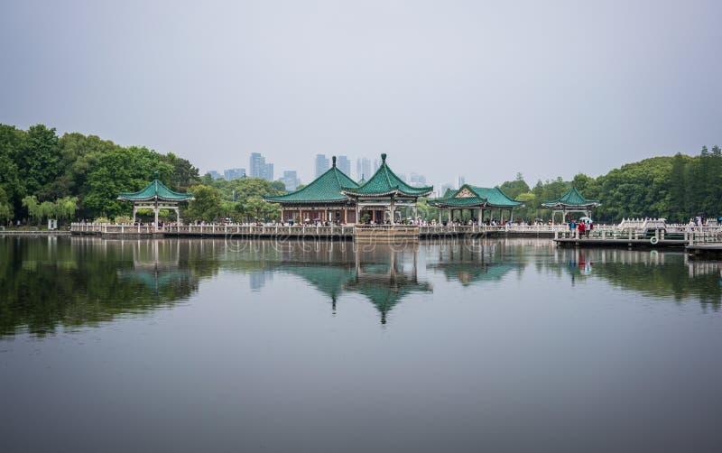 东部湖的亭子在武汉湖北中国 免版税库存照片