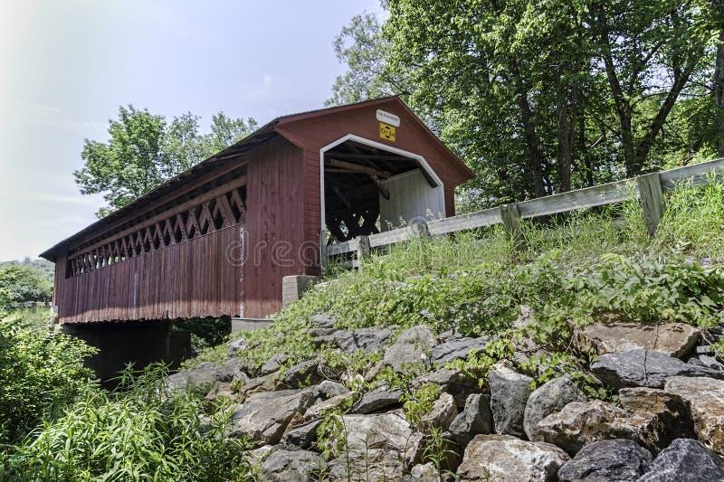 丝绸之路被遮盖的桥 免版税库存图片