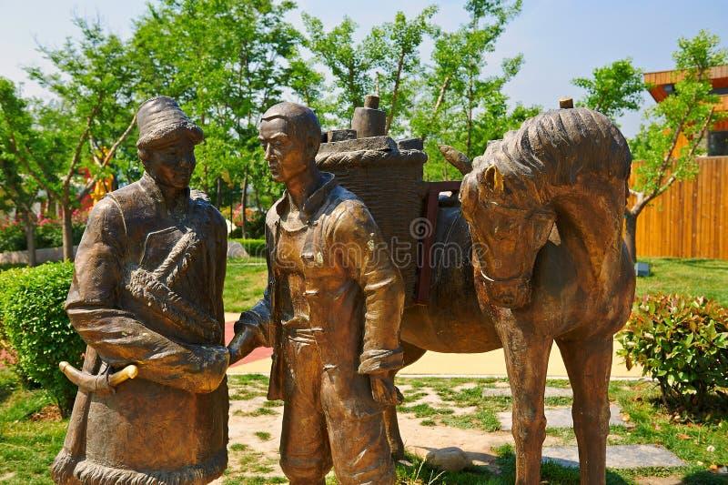 丝绸之路雕塑 免版税库存图片