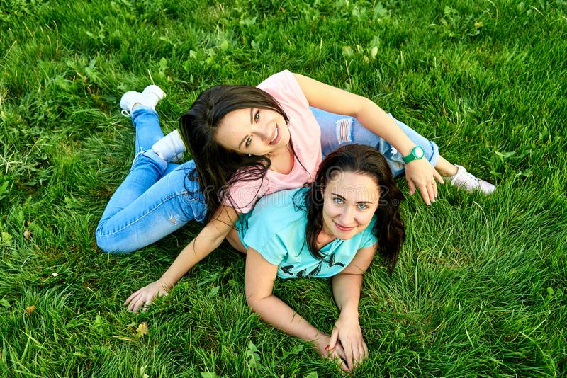 女同性恋15p_图片 包括有 人兽交, 位于, 女同性恋者, 公园, 友谊, 愉快