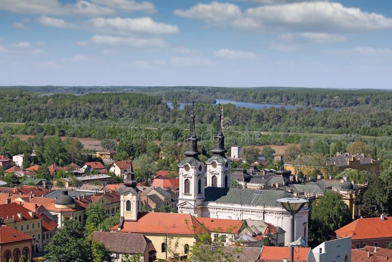 两个教会斯雷姆斯基卡尔洛夫奇塞尔维亚 免版税库存图片
